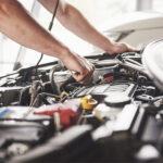 Ik ben Gay en leerling automonteur
