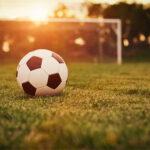 Lekker voetbal kijken en seks met mijn vrouw